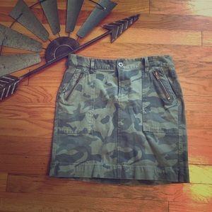 Old Navy Camo miniskirt Size 4